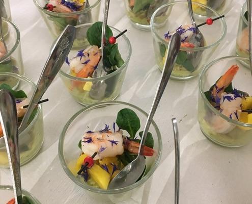 Galerie, Fingerfood im Glas mit Garnele